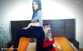 Saray | CKXGirl™ | LIVE Arab Webcam | www.ckxgirl.com