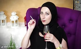 MuslimSaira | Smoking | LIVE Arab Webcam | www.ckxgirl.com