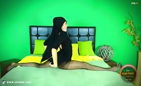 ZeiraMuslim | Black Dress & Pantyhose | www.ckxgirl.com