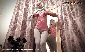 ArabianCalli aka LatiffaMuslim | LiveMuslimGirl™ | Sexy Tight Muslim | www.livemuslimgirl.com