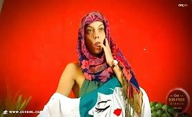 JasminMuslim | CKXGirl™ | Loose Dress & Floral Hijab | www.ckxgirl.com