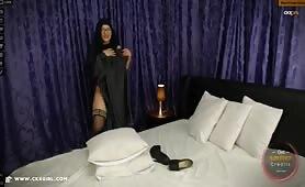 Muna aka muslimgirll | CKXGirl™ | Black Abaya & Heels | www.ckxgirl.com