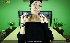ZeiraMuslim Hijab Floral Leggings! | CKXGirl™ | PRIVATE SHOW | www.ckxgirl.com